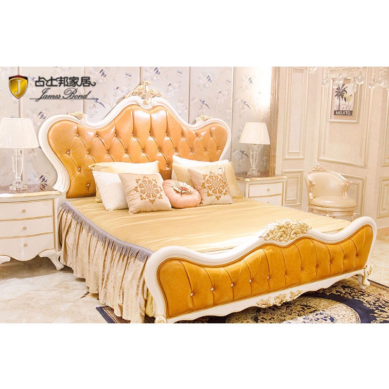 James Bond Classic English bed made of 14k solid gold wood in brilliant brown JP620